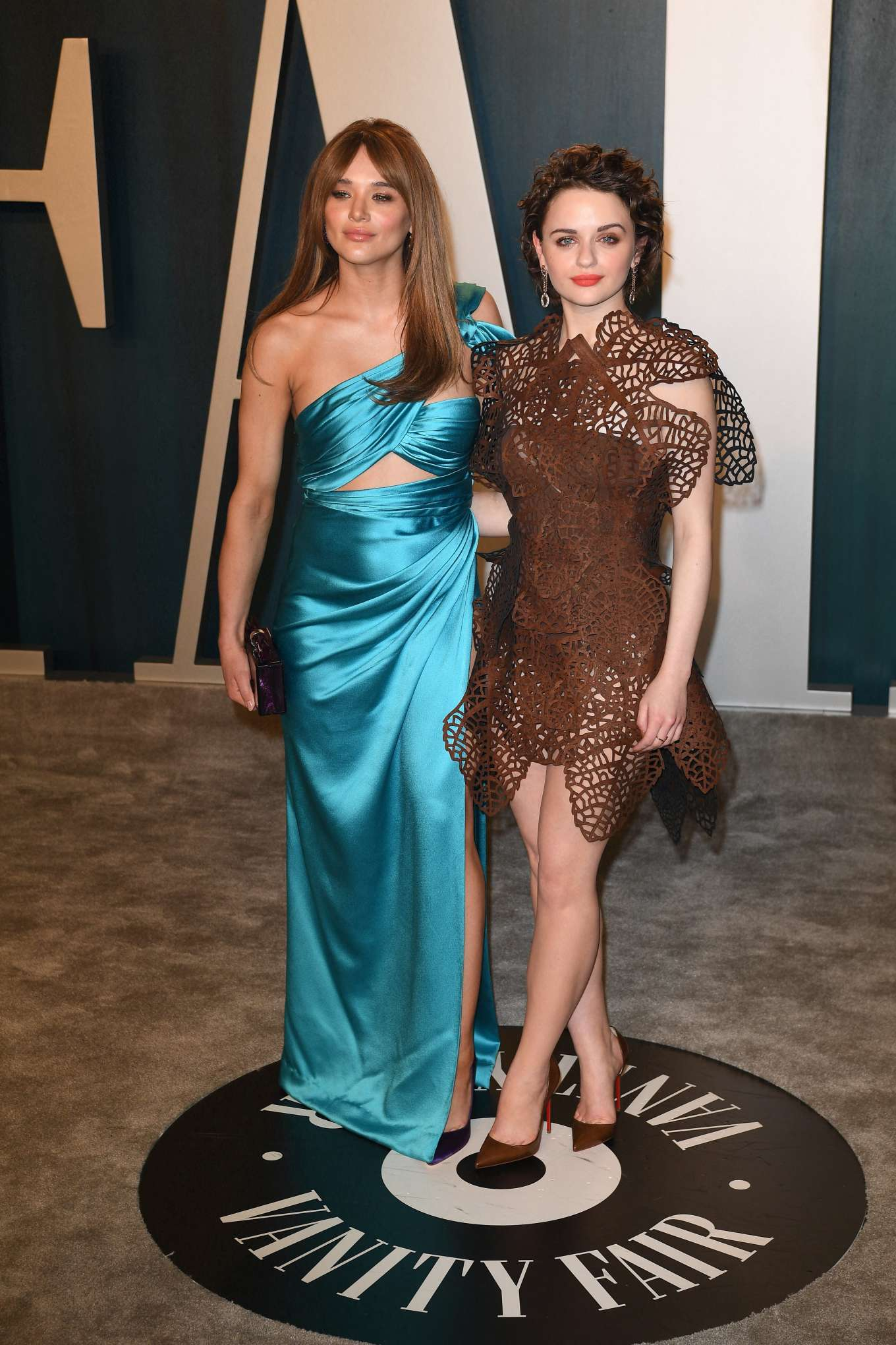 Hunter King 2020 : Hunter King – 2020 Vanity Fair Oscar Party in Beverly Hills-11