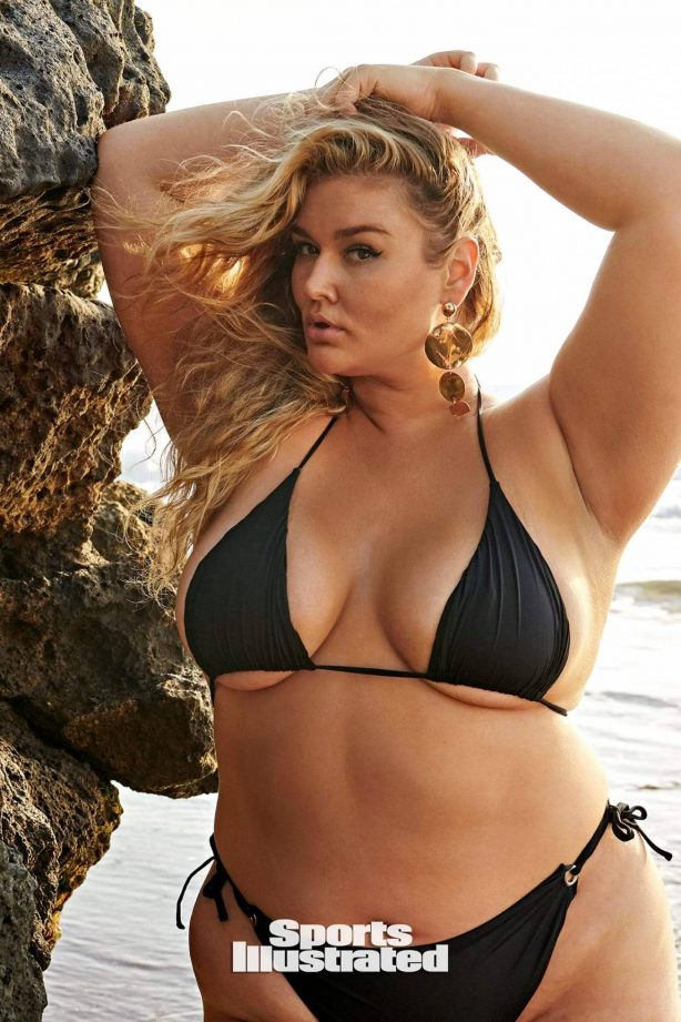 Hunter McGrady - Sports Illustrated Swimmsuit Issue 2020