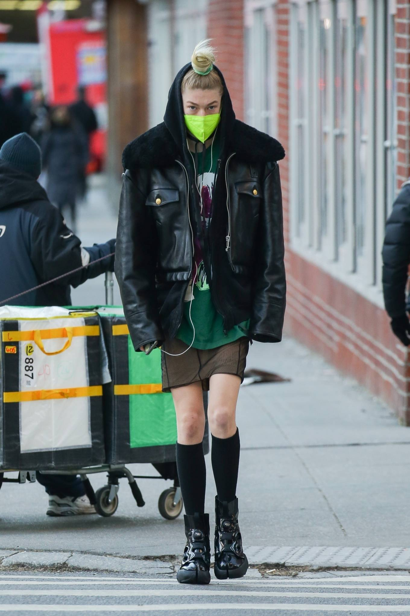 Hunter Schafer - Rocks her Maison Margiela sneakers in Manhattan's Soho area