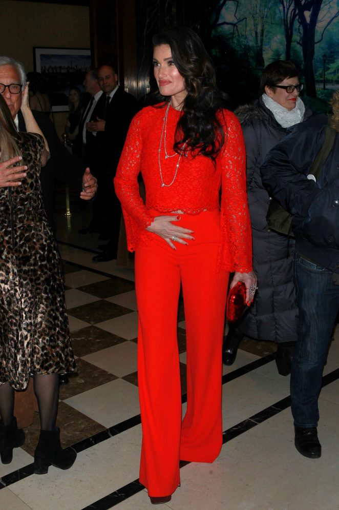 Idina Menzel: Baby Its Cold Outside Holiday Concert -10