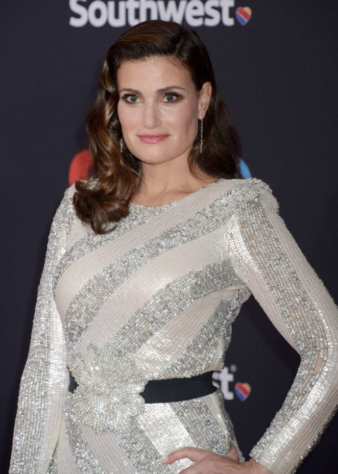 Idina Menzel – 'Coco' Premiere in Los Angeles