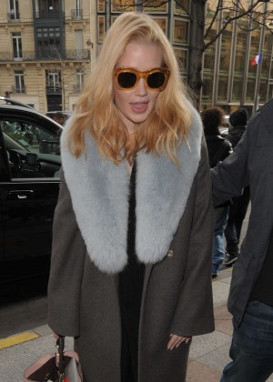 Iggy Azalea Aarrving at the George V Hotel in Paris