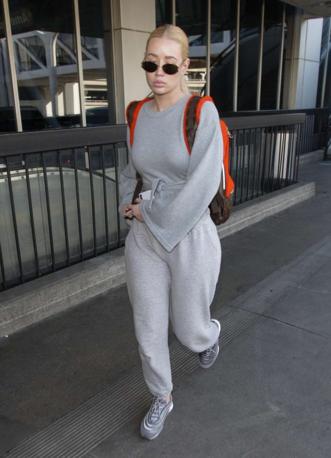 Iggy Azalea – Arriving at LAX Airport in Los Angeles