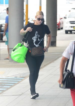 Iggy Azalea at airport in Sydney