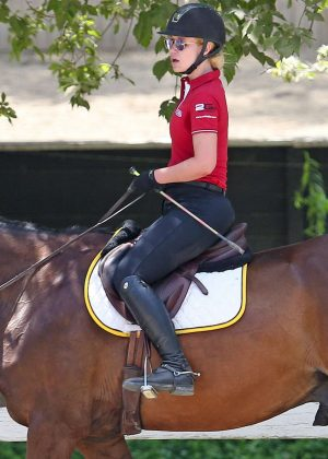Iggy Azalea - Jumps hurdles during equestrian therapy session in Calabasas
