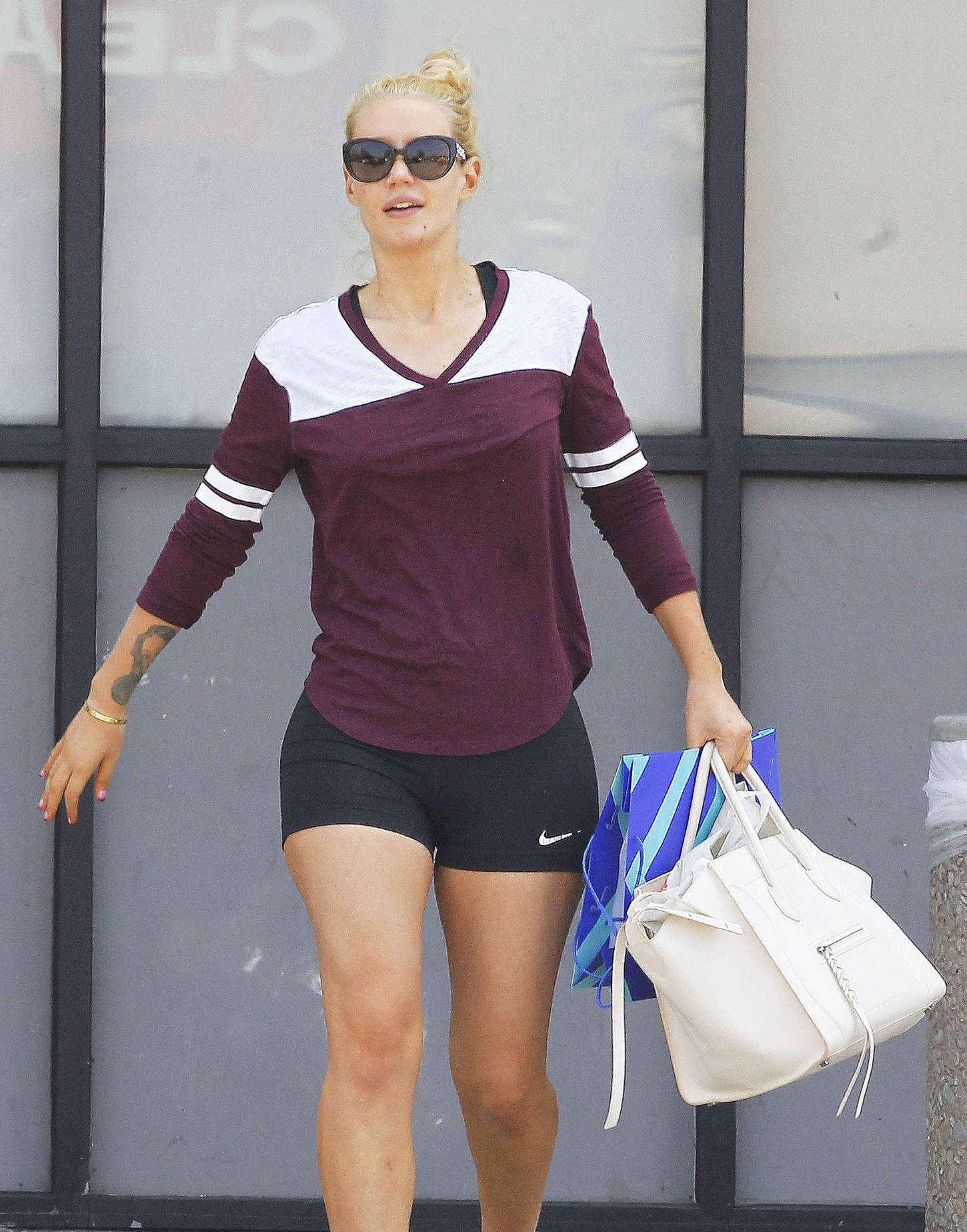 Iggy Azalea 2015 : Iggy Azalea in Shorts -10