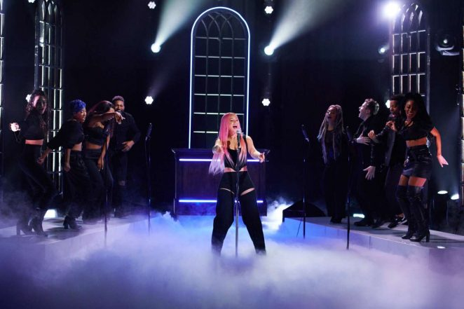 Iggy Azalea - Performs at 'The Late Late Show with James Corden' in LA