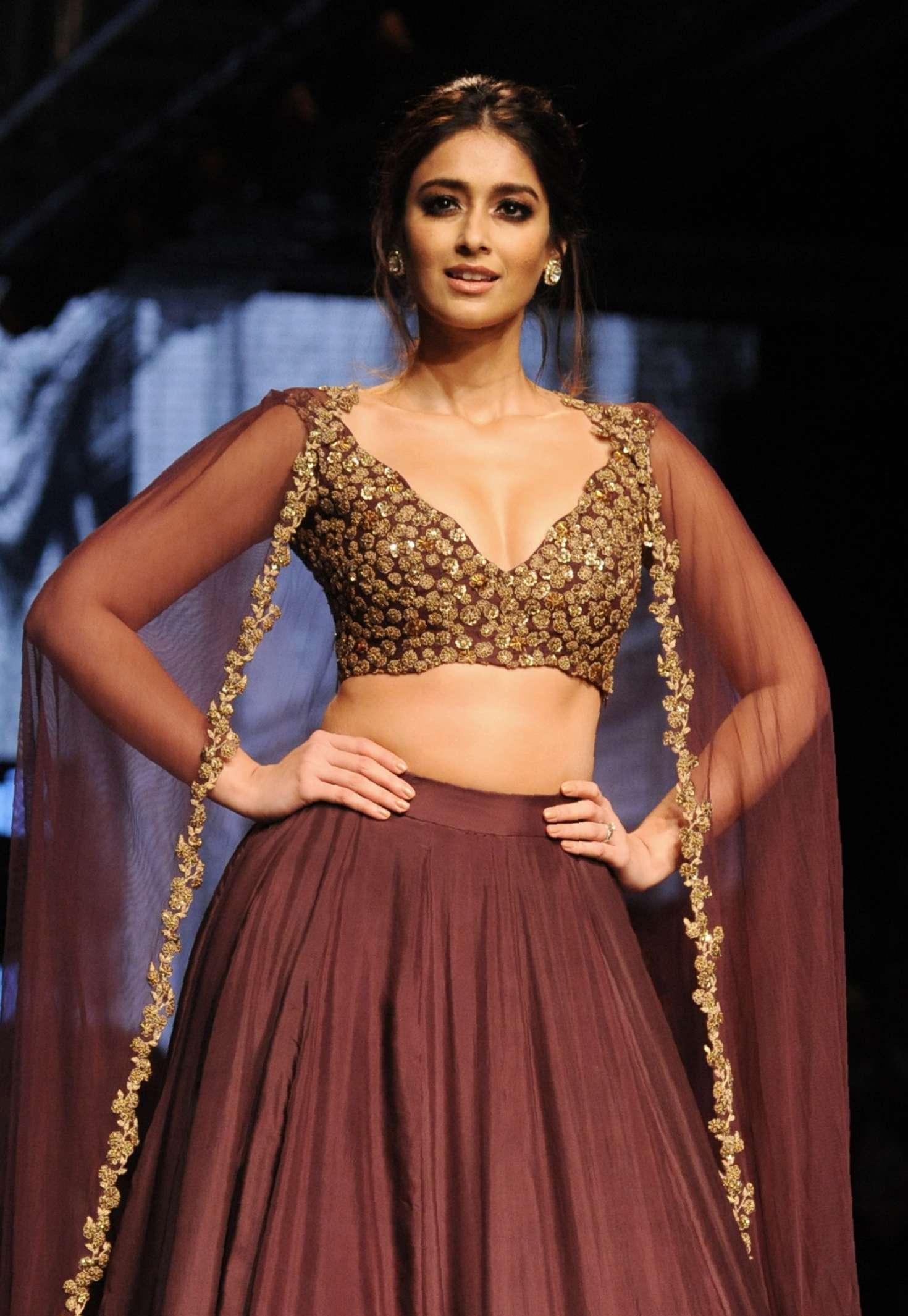 Ileana D'Cruz - Lakme Fashion Week 2016 in Mumbai Angelina Jolie 2016