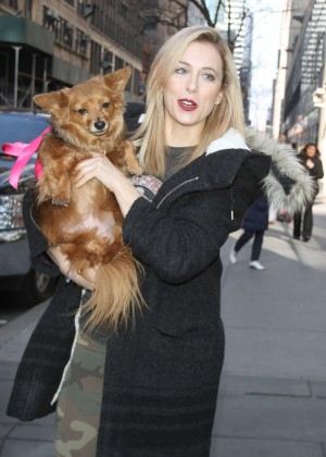 Iliza Shlesinger - Heads to Today Show in New York
