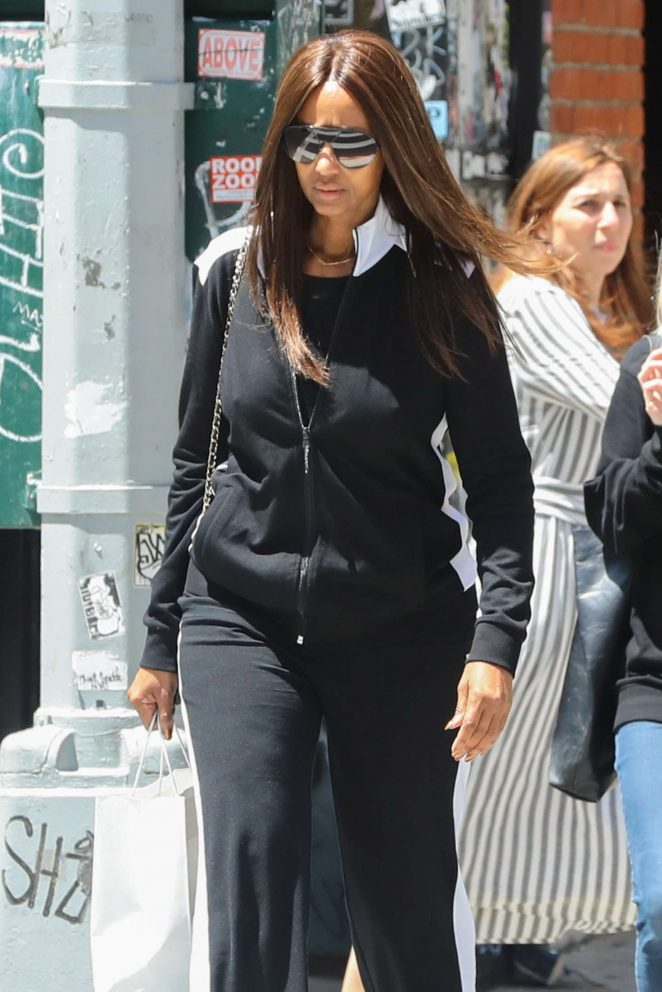Iman shopping in Manhattan