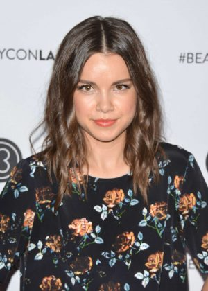 Ingrid Nilsen - 5th Annual Beautycon LA Convention Center in LA