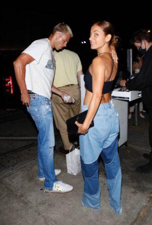 Innana Sarkis - Seen with boyfriend Matthew Noszka at Craig's in West Hollywood