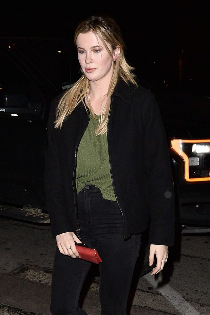 Ireland Baldwin- Arriving at Craig's in West Hollywood