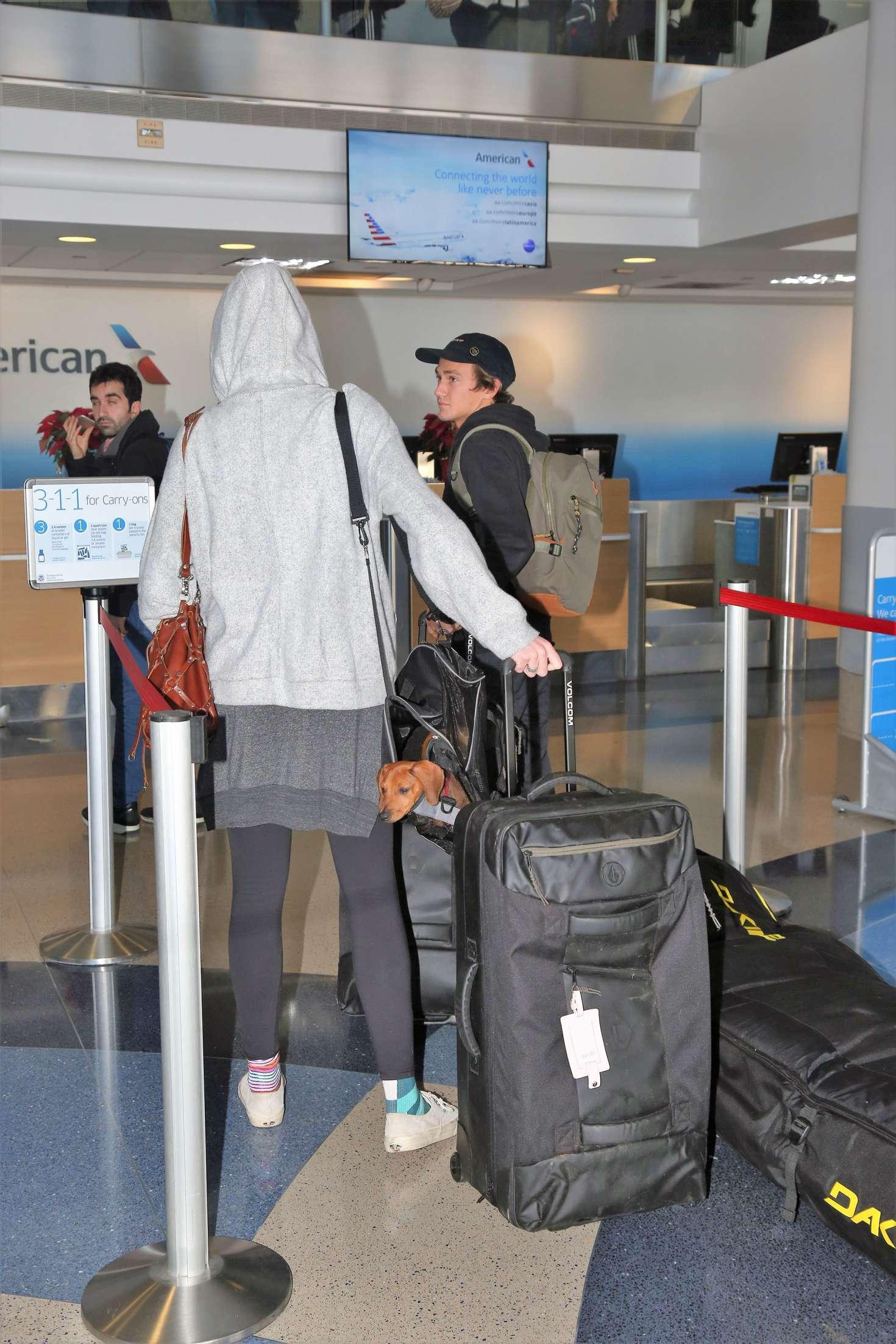 Ireland Baldwin 2016 : Ireland Baldwin at LAX Airport -05