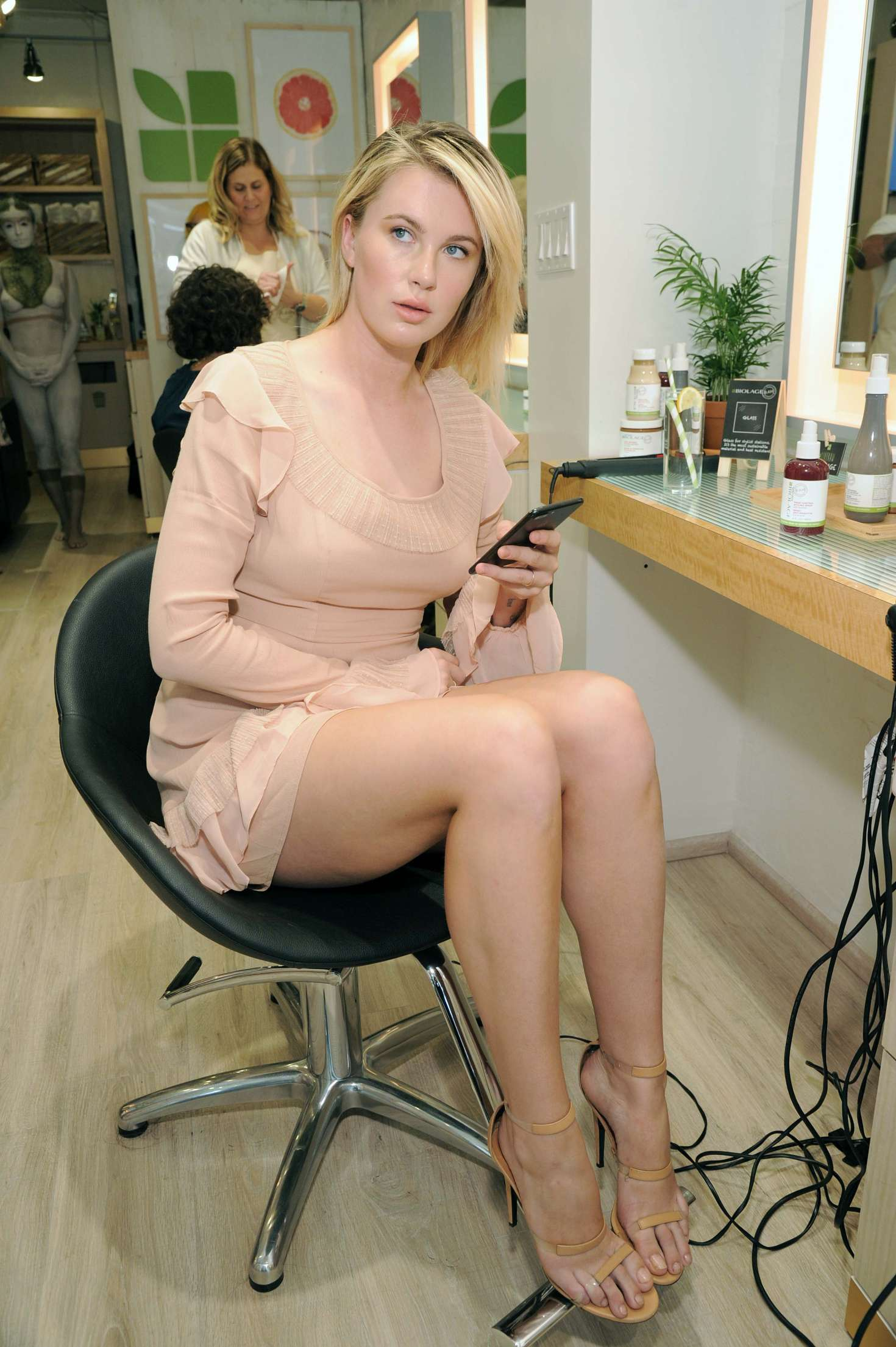 Ireland Baldwin 2017 : Ireland Baldwin at the Biolage RAW Styling Naked Touch Experience -07