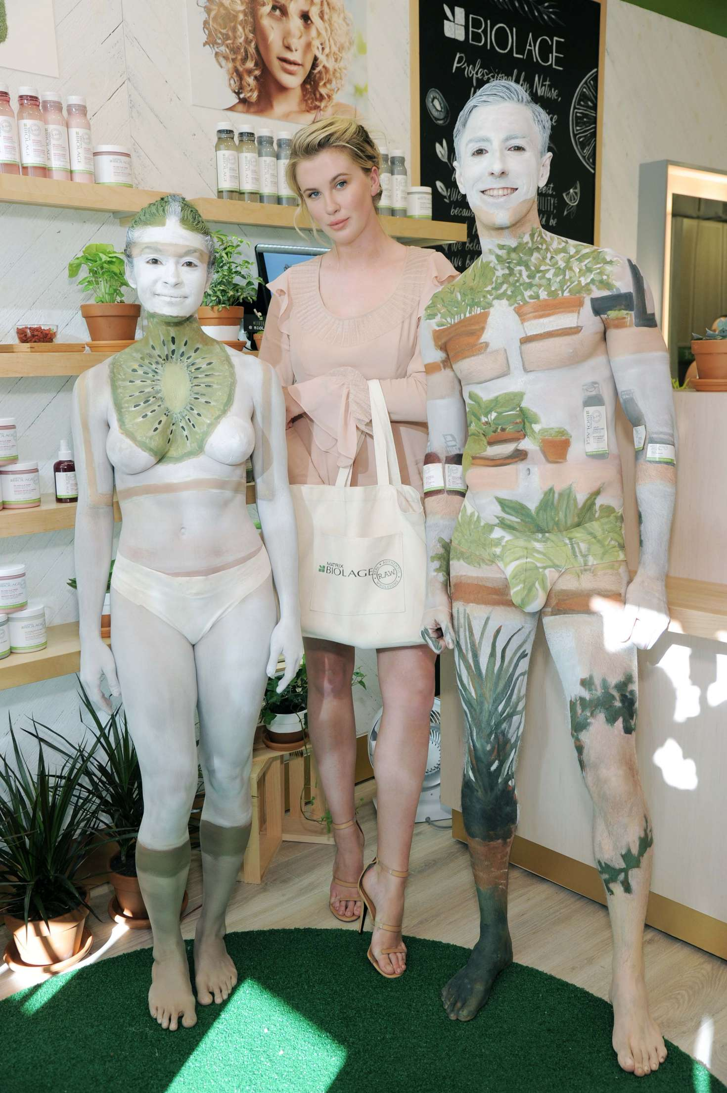 Ireland Baldwin 2017 : Ireland Baldwin at the Biolage RAW Styling Naked Touch Experience -10