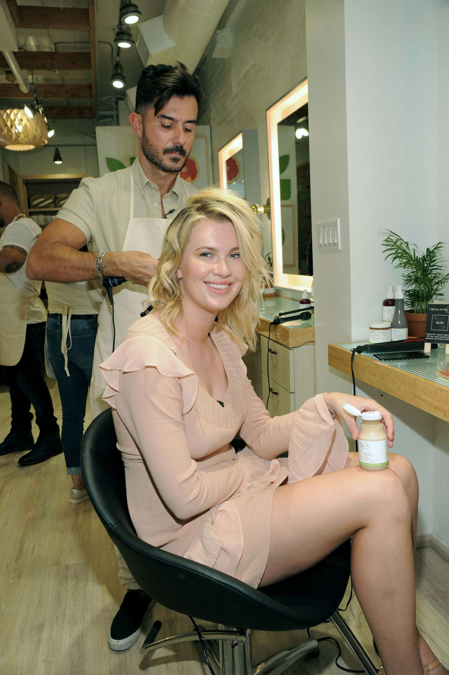 Ireland Baldwin 2017 : Ireland Baldwin at the Biolage RAW Styling Naked Touch Experience -12
