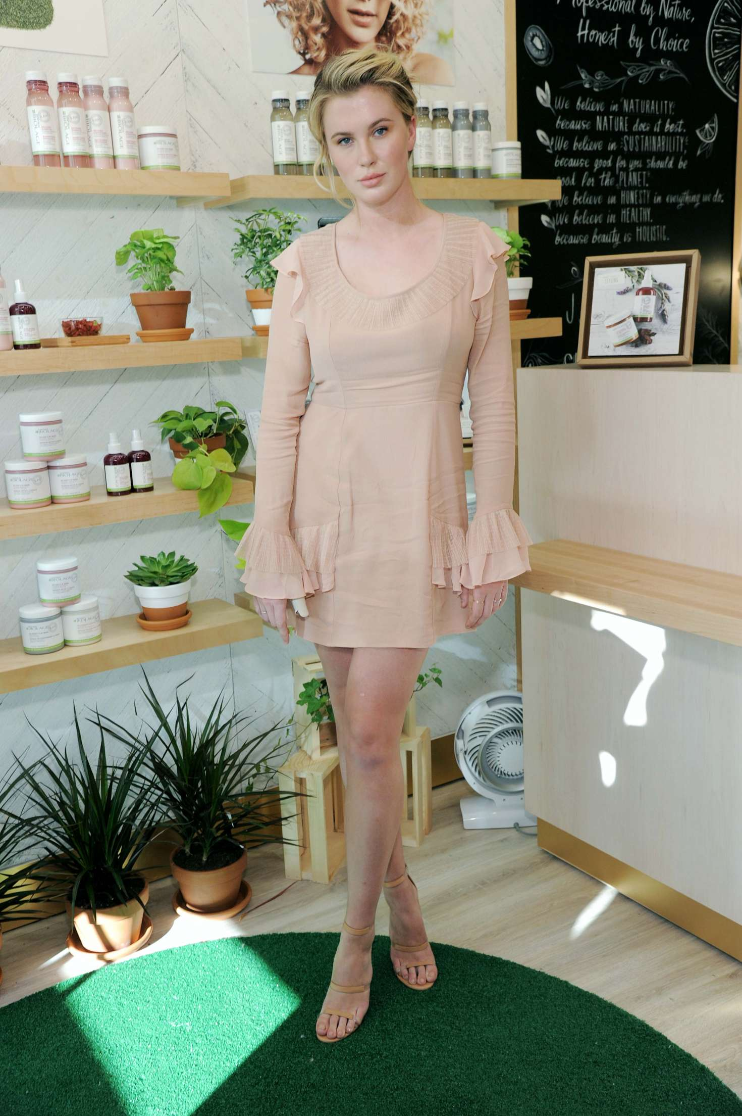 Ireland Baldwin 2017 : Ireland Baldwin at the Biolage RAW Styling Naked Touch Experience -16