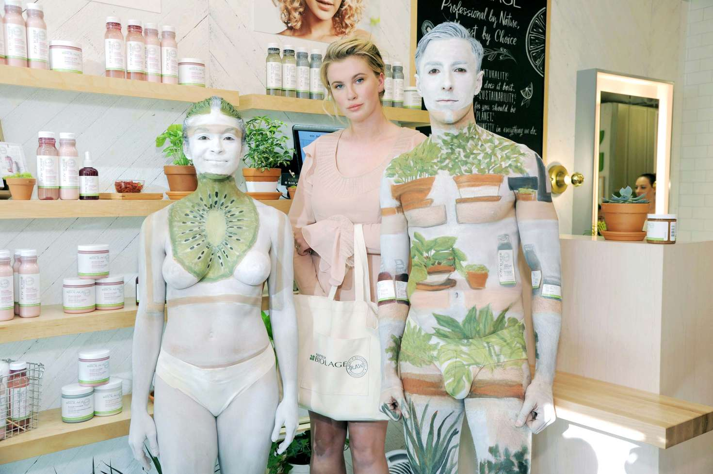 Ireland Baldwin 2017 : Ireland Baldwin at the Biolage RAW Styling Naked Touch Experience -17
