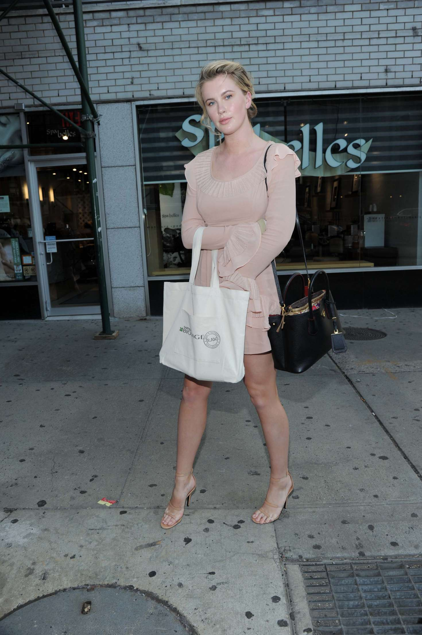 Ireland Baldwin 2017 : Ireland Baldwin at the Biolage RAW Styling Naked Touch Experience -21