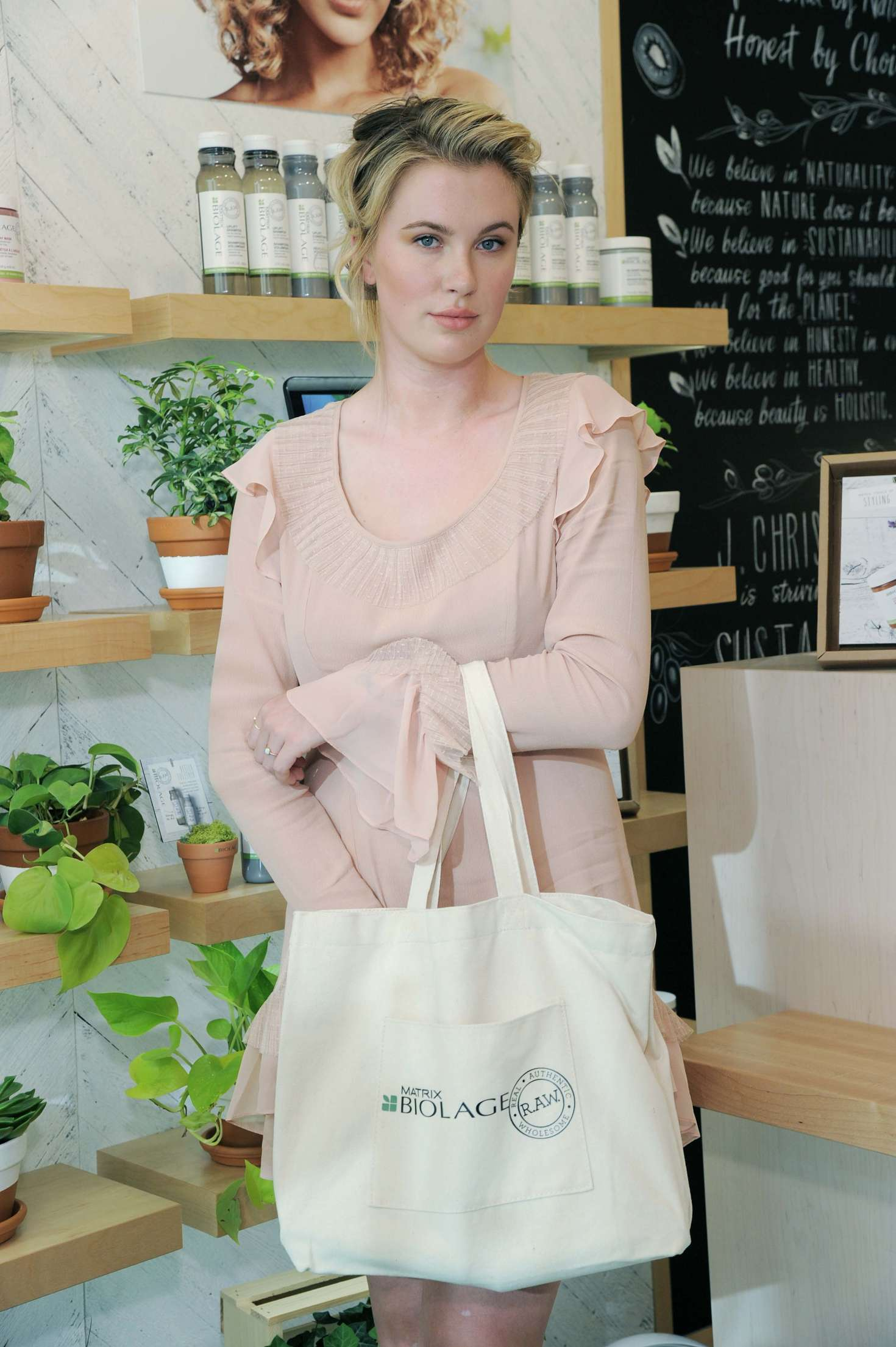 Ireland Baldwin 2017 : Ireland Baldwin at the Biolage RAW Styling Naked Touch Experience -22