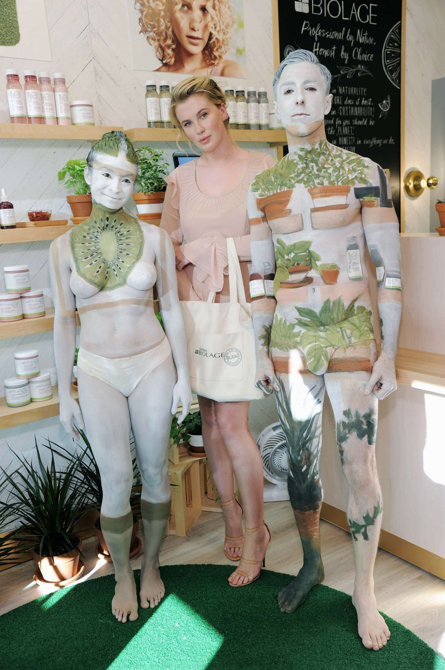 Ireland Baldwin 2017 : Ireland Baldwin at the Biolage RAW Styling Naked Touch Experience -25