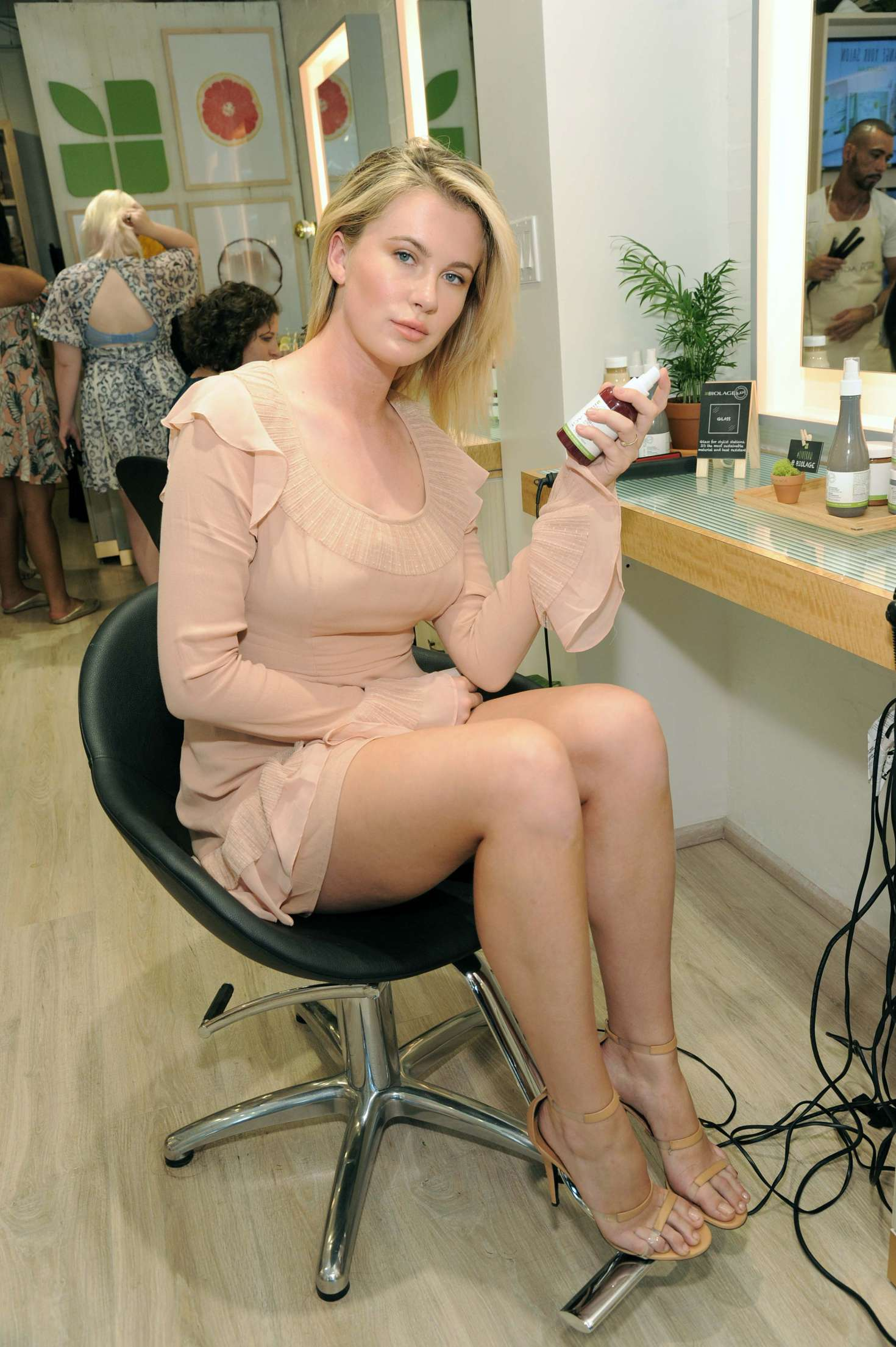 Ireland Baldwin 2017 : Ireland Baldwin at the Biolage RAW Styling Naked Touch Experience -26