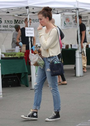 Ireland Baldwin in Jeans at the Farmers Market in Malibu