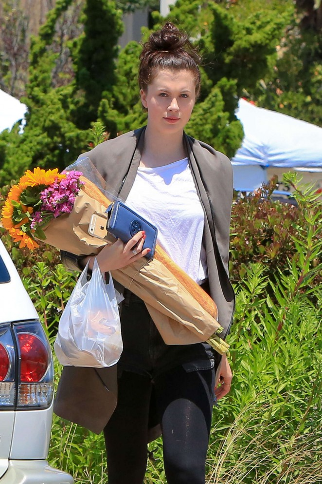Ireland Baldwin - Out and about in Malibu