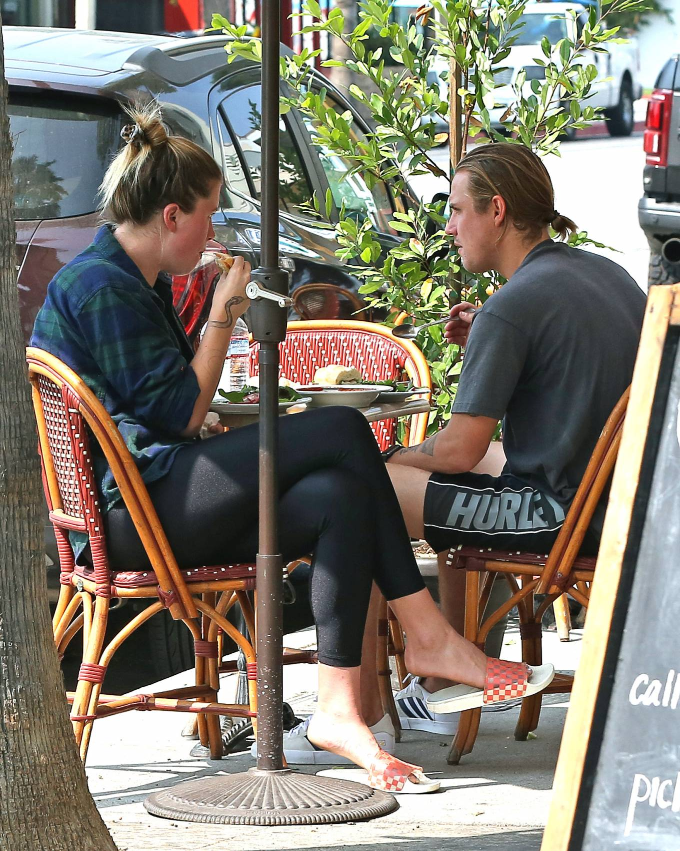 Ireland Baldwin - Out for breakfast with boyfriend in Studio City