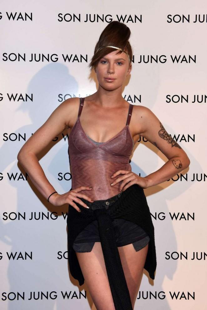 Ireland Baldwin - Son Jung Wan Fashion Show Spring 2016 NYFW in NYC