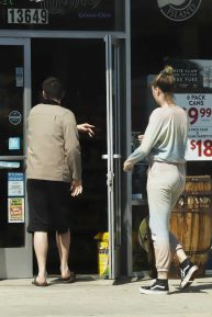 Ireland Baldwin with her boyfriend shopping in Los Angeles