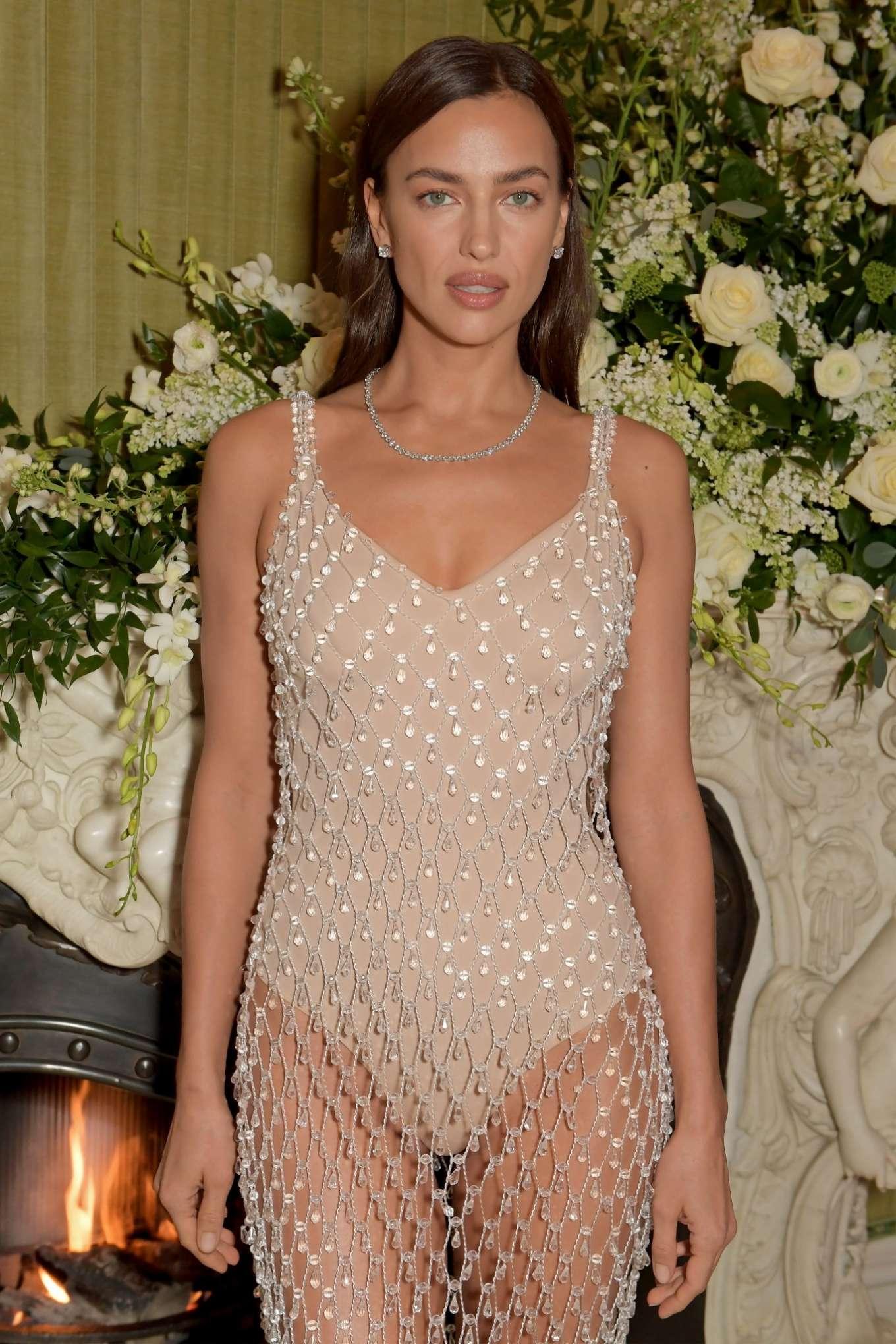 глюкоза в платье ирины шейк фото это простой каждому