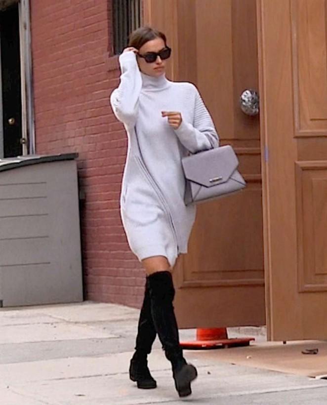 Irina Shayk: Arrives at her Apartment -05