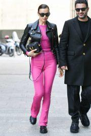 Irina Shayk arriving at Versace Fashion Show during Milan Fashion Week