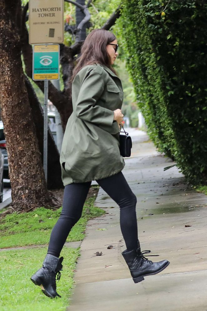 Irina Shayk at a doctors office in Beverly Hills