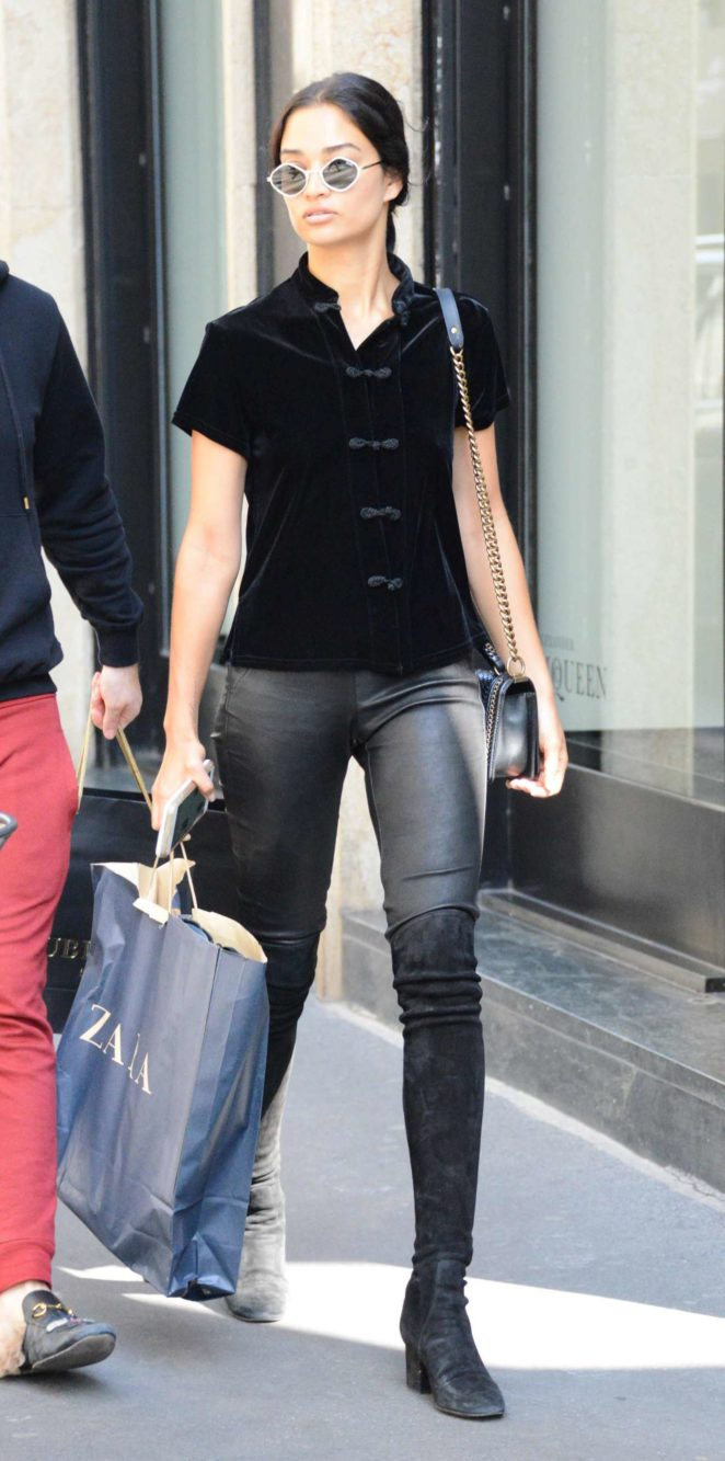 Irina Shayk - In Leather out shopping in Milan - Italy