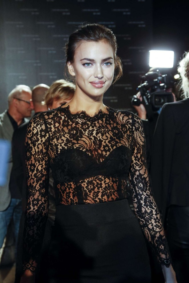 Irina Shayk - Intimissimi On Ice 2015 in Verona