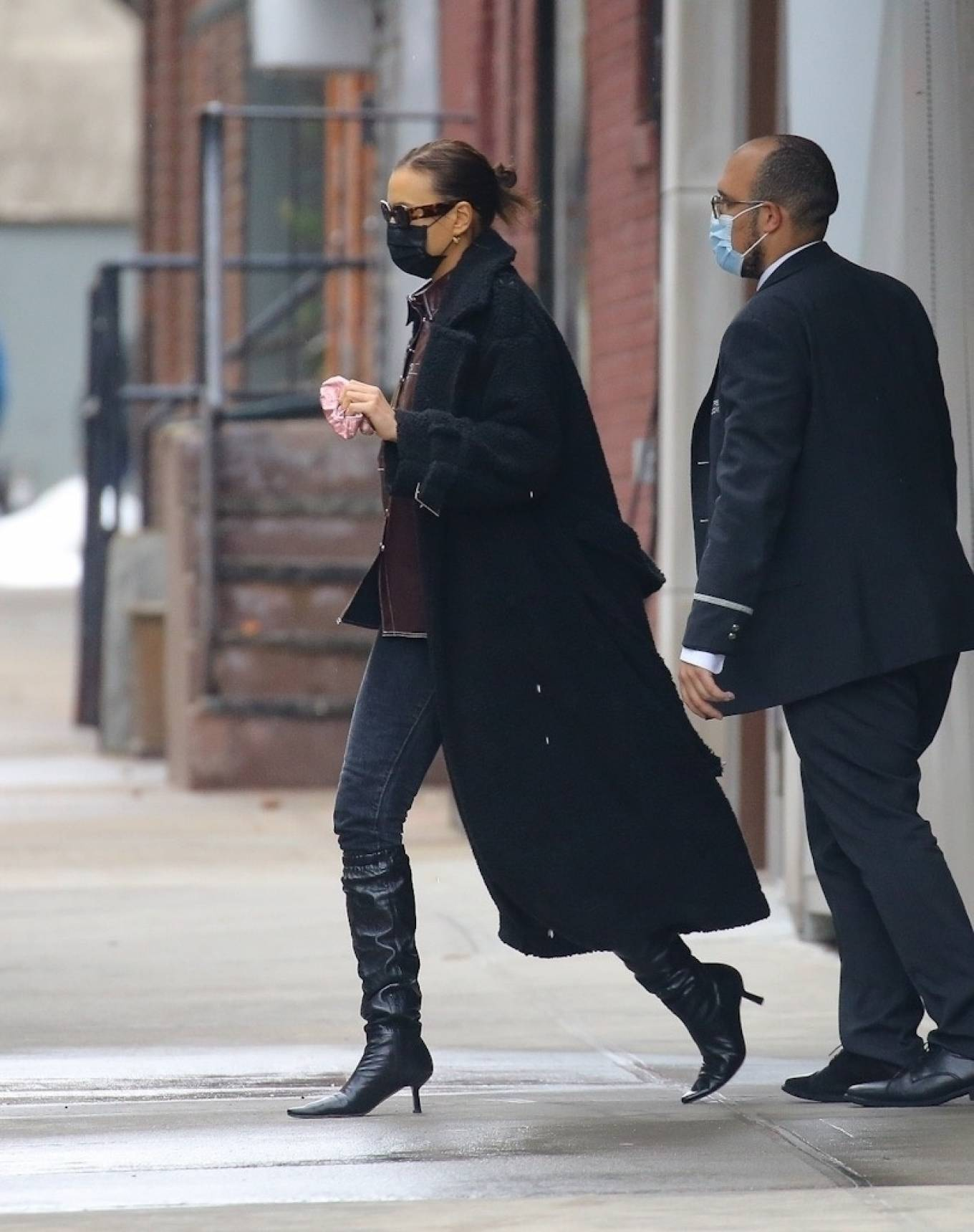 Irina Shayk - Is seen taking her daughter Lea for a stroll in New York