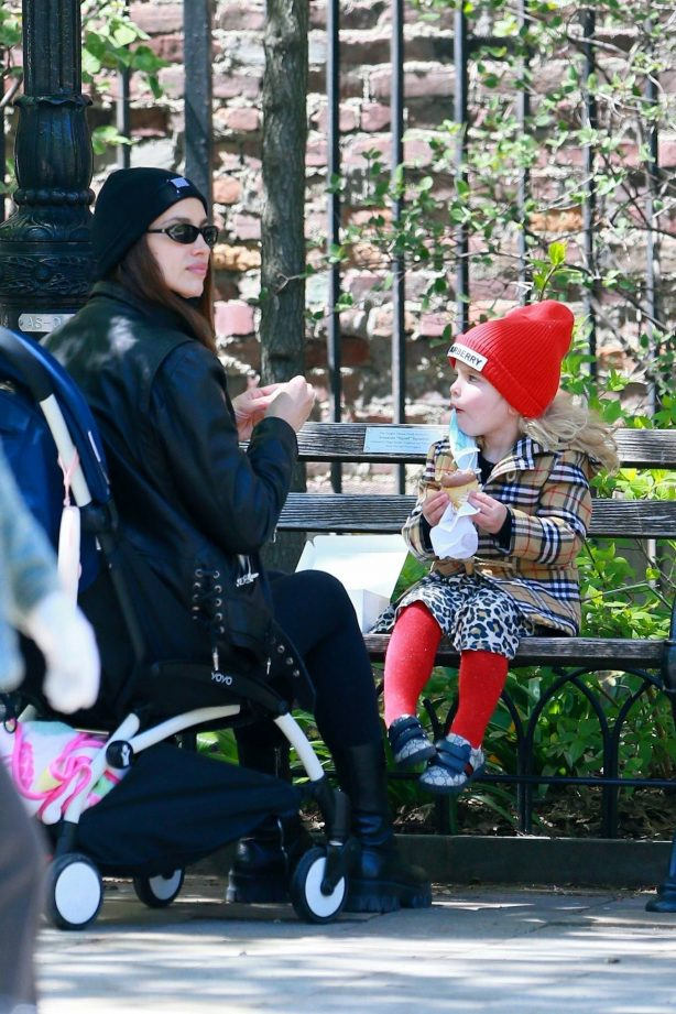 Irina Shayk - Seen out with her daughter in New York