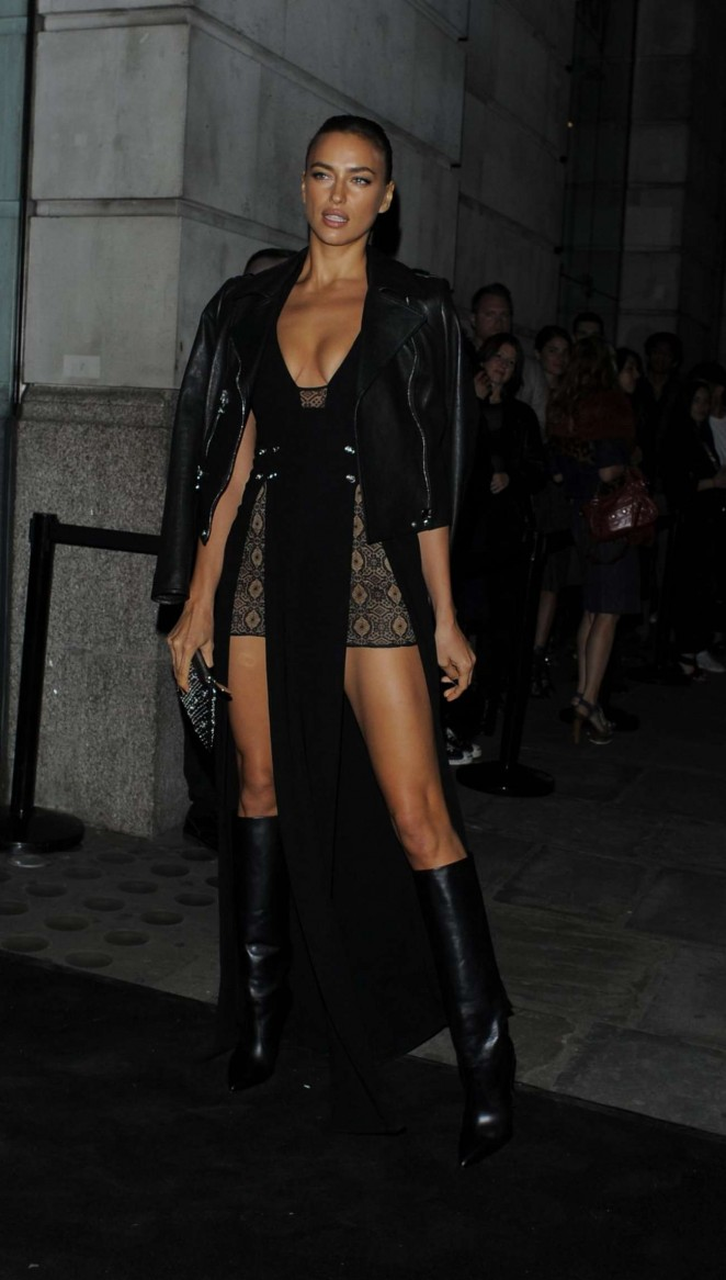 Irina Shayk: Versus By Versace Fashion Show -18