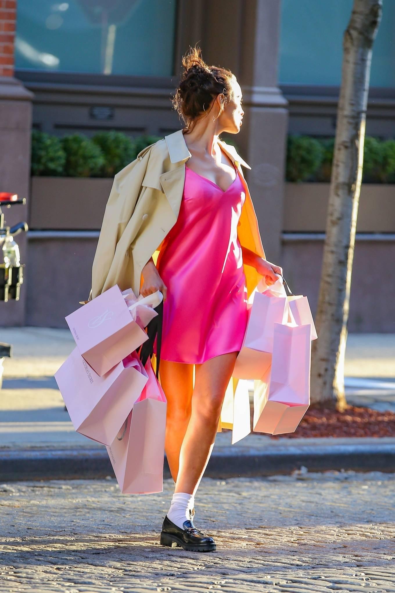Irina Shayk 2021 : Irina Shayk – Victorias Secret photoshoot in New York-11