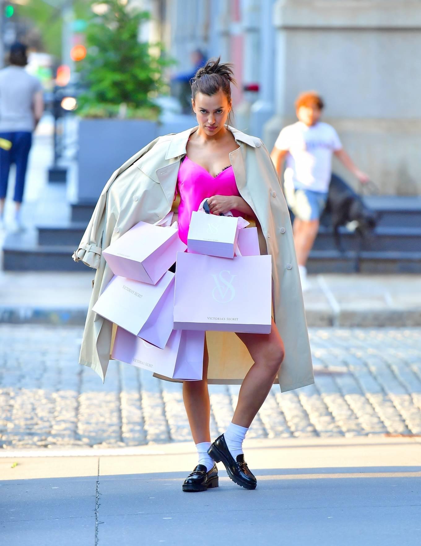 Irina Shayk 2021 : Irina Shayk – Victorias Secret photoshoot in New York-18
