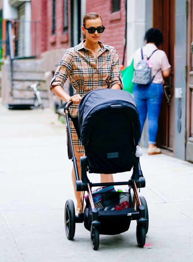 Irina Shayk with her daughter in New York City