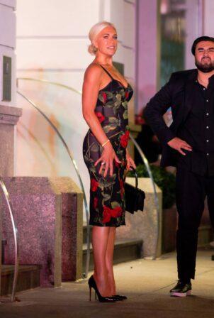 Irina Shayk - With Jason Sudeikis seen at the Hunt and Fish Club in New York City