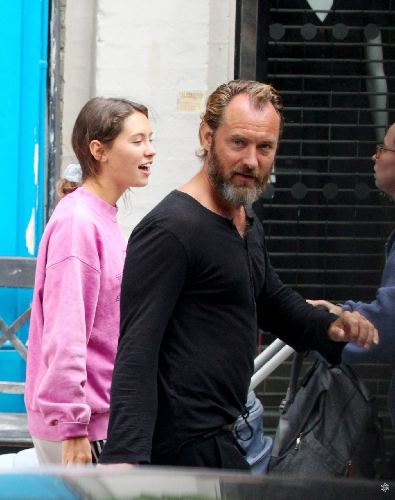 Iris Law 2020 : Iris and Jude Law – Out shopping on the Hampstead High Street in London-02
