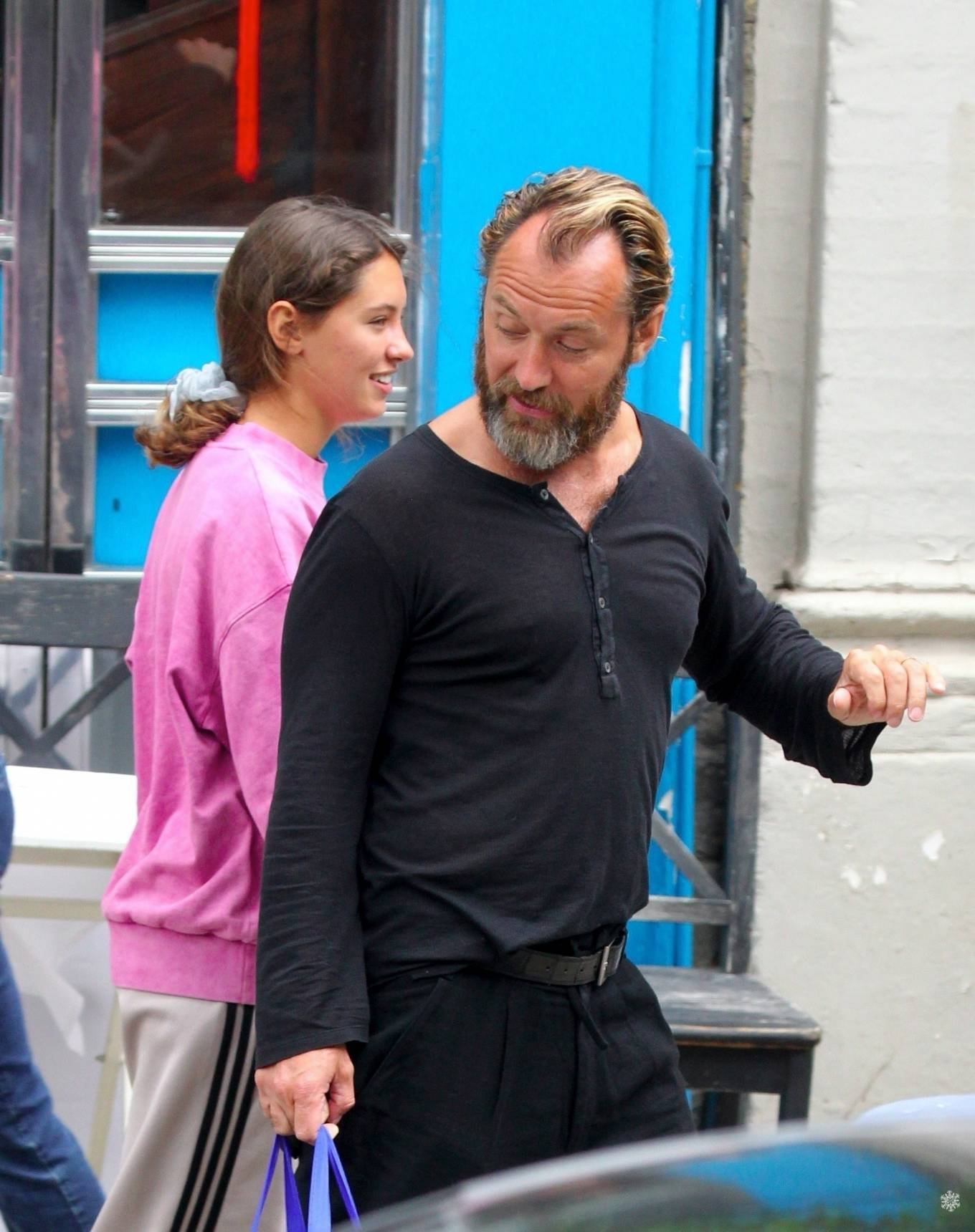 Iris Law 2020 : Iris and Jude Law – Out shopping on the Hampstead High Street in London-07