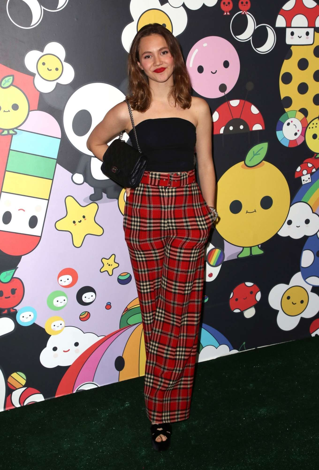 Iris Apatow 2019 : Iris Apatow – alice + olivia by Stacey Bendet x FriendsWithYou Collection-01
