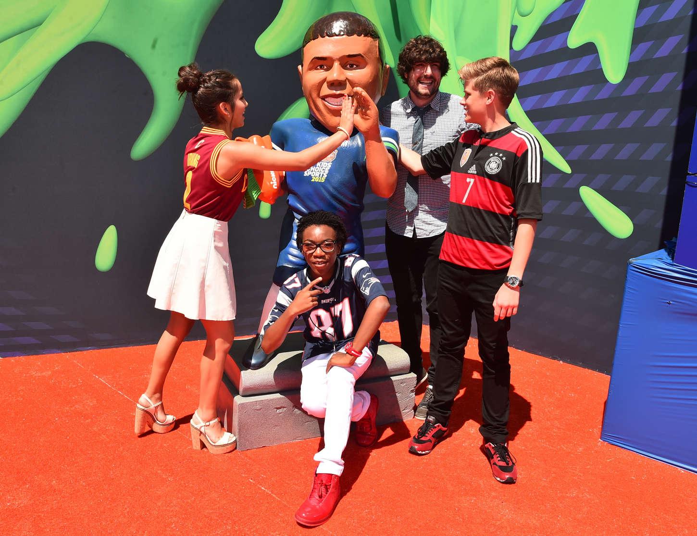 Isabela Moner 2015 : Isabela Moner: 2015 Nickelodeons Kids Choice Sports Awards -07