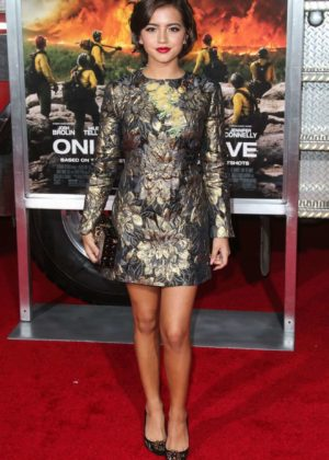 Isabela Moner - 'Only The Brave' Photocall in Los Angeles